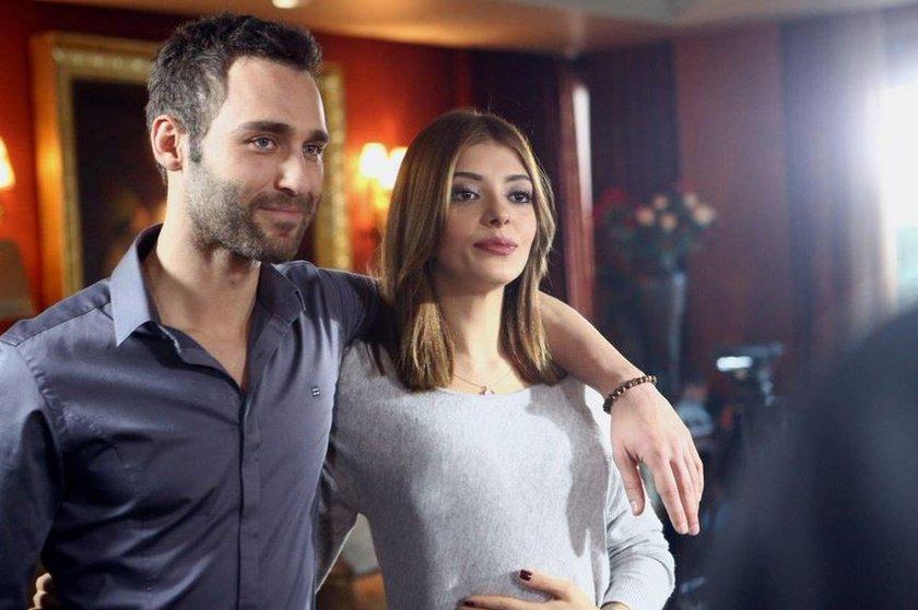 Selin Sekerci and Seçkin Özdemir in Aci Ask (2015)