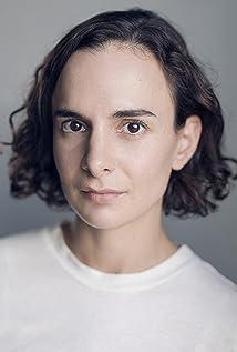 Simona Bitmate Picture