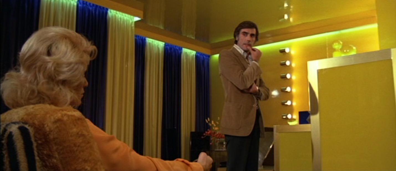 Tere Velázquez in L'assassino è costretto ad uccidere ancora (1975)