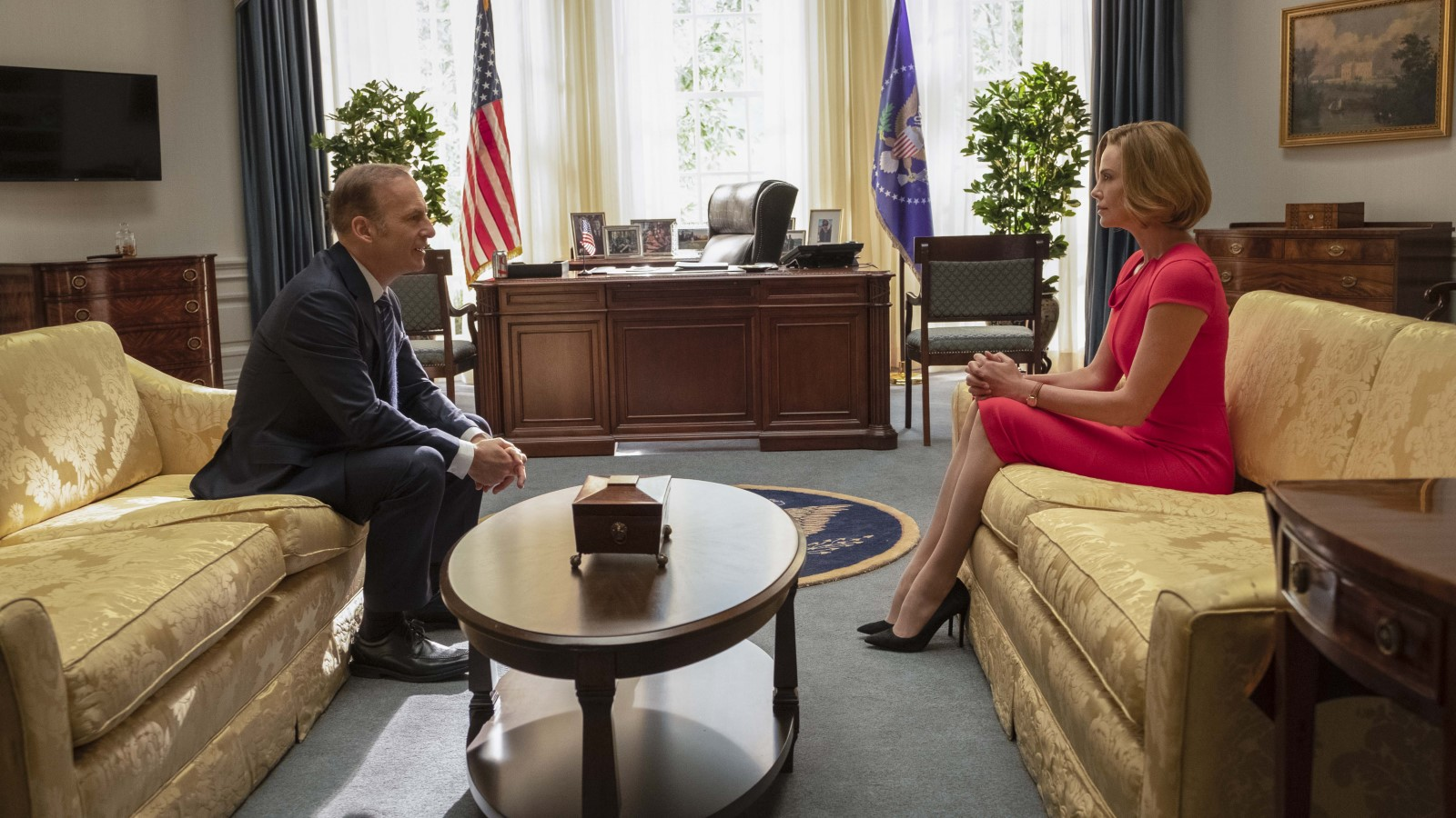 Charlize Theron and Bob Odenkirk in Long Shot (2019)