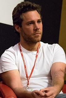 Tom Kerevan Picture