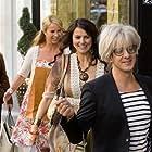 Alex Klaasen, Linda de Mol, Tjitske Reidinga, Lies Visschedijk, and Susan Visser in Gooische Vrouwen (2011)