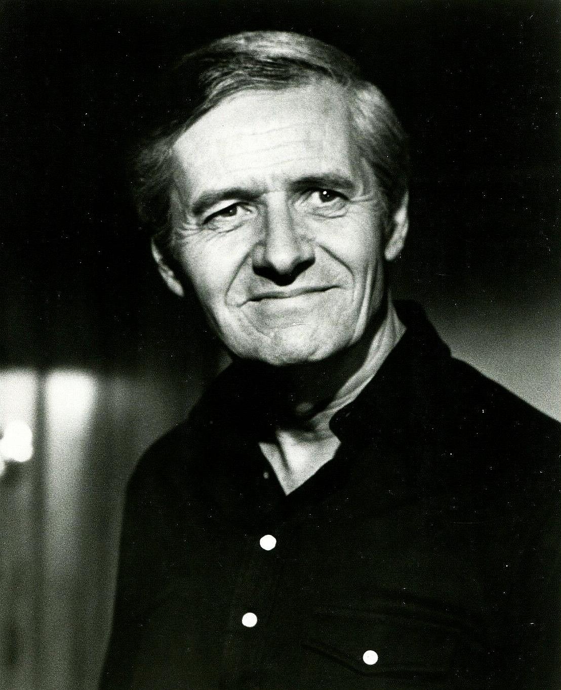 Arthur Hill's primary photo