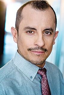Manny Rubio Picture