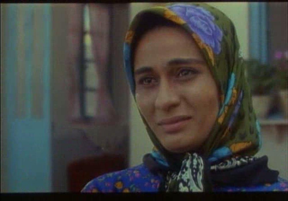 Parivash Nazarieh in Pedar (1996)