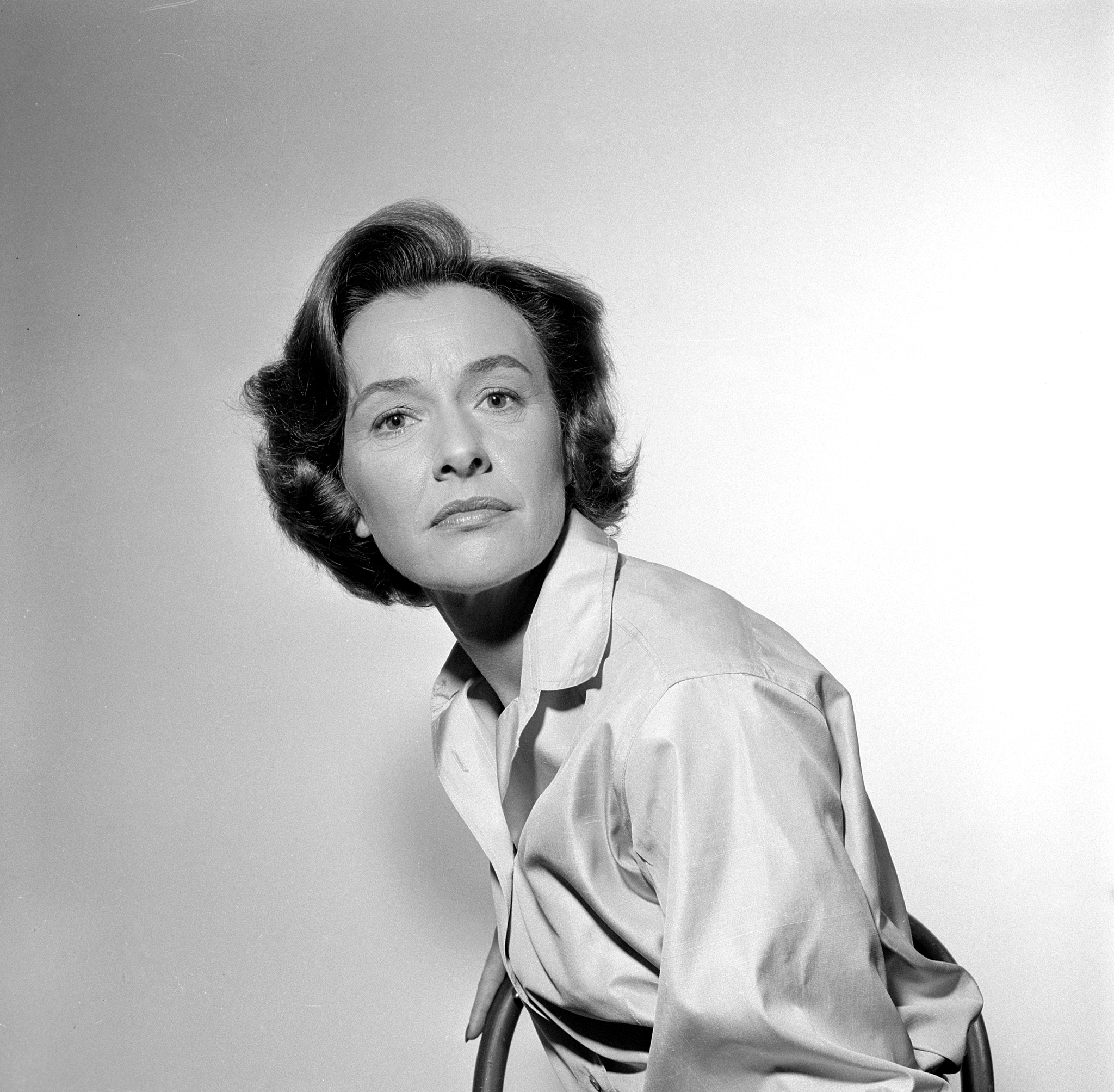 images Mary Lawson (actress)