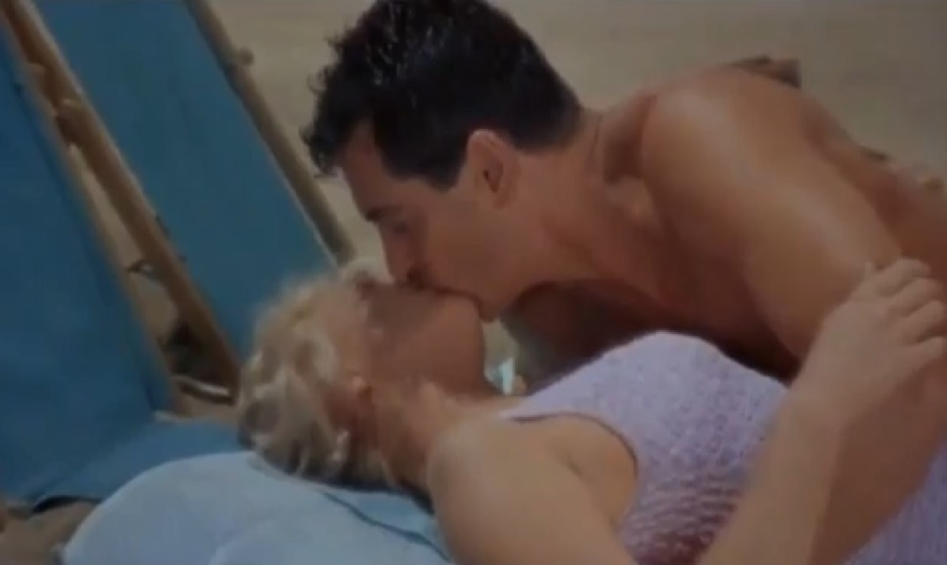 Doris Day and Rock Hudson in Lover Come Back (1961)