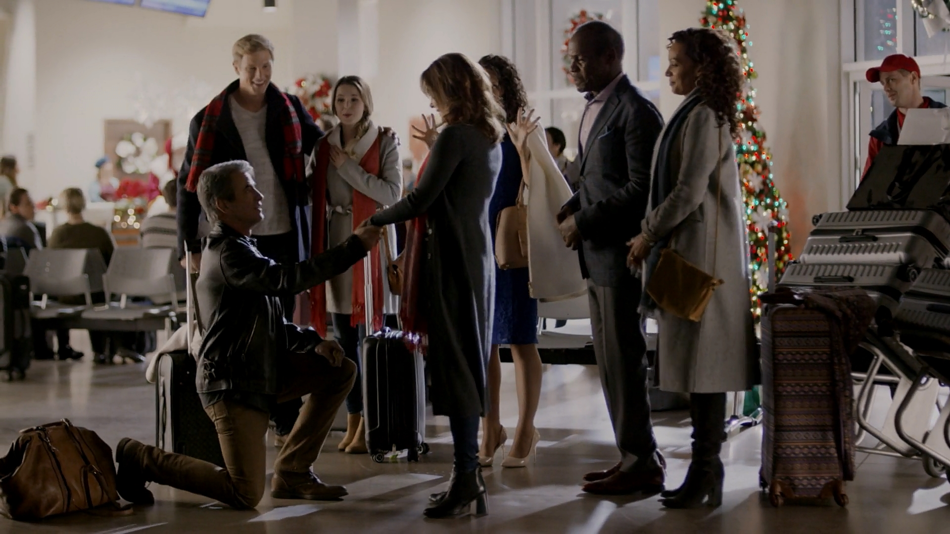 Danny Glover, Dermot Mulroney, Kirsten Zien, and Kimberly Williams-Paisley in The Christmas Train (2017)