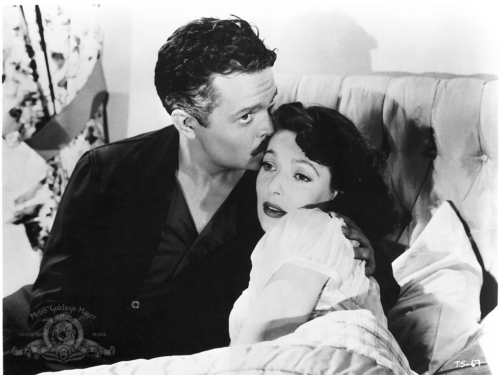 Orson Welles and Loretta Young in The Stranger (1946)