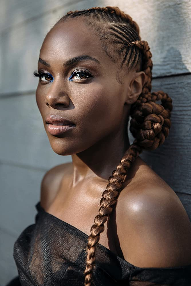 The 36-year old daughter of father (?) and mother(?) DeWanda Wise in 2020 photo. DeWanda Wise earned a million dollar salary - leaving the net worth at million in 2020