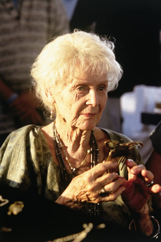 Gloria Stuart in Titanic (1997)