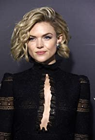 Primary photo for Erin Richards