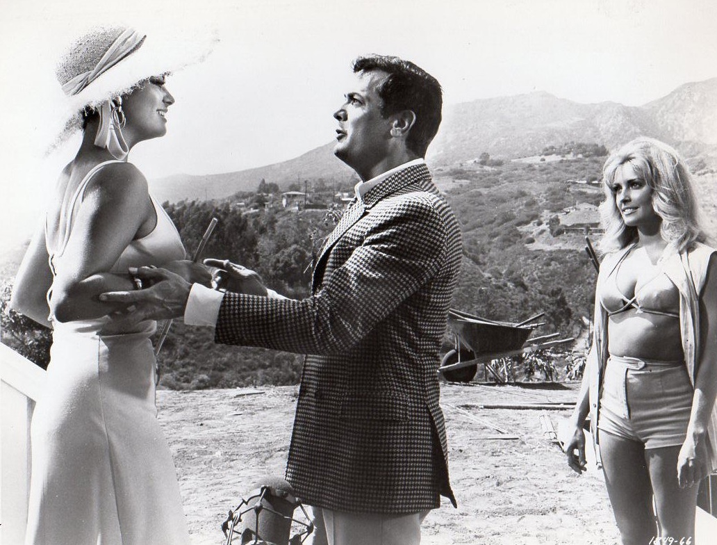 Tony Curtis, Claudia Cardinale, and Sharon Tate in Don't Make Waves (1967)