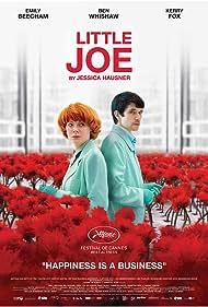 Ben Whishaw and Emily Beecham in Little Joe (2019)