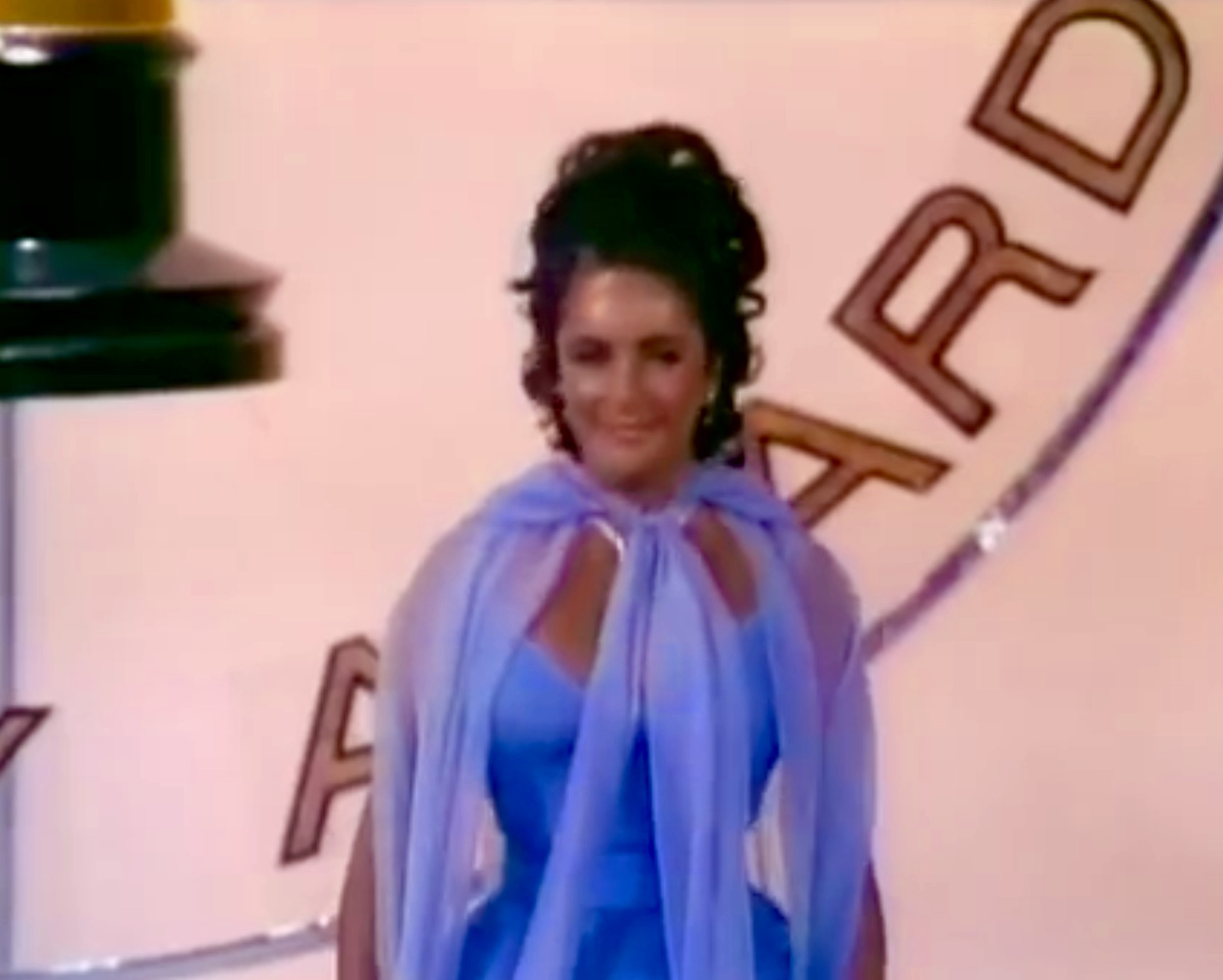 Elizabeth Taylor in The 42nd Annual Academy Awards (1970)