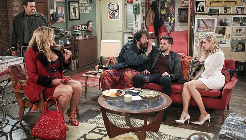 Jennifer Coolidge, Frank Gallegos, Devon Werkheiser, Jonathan Kite, and Beth Behrs in 2 Broke Girls (2011)