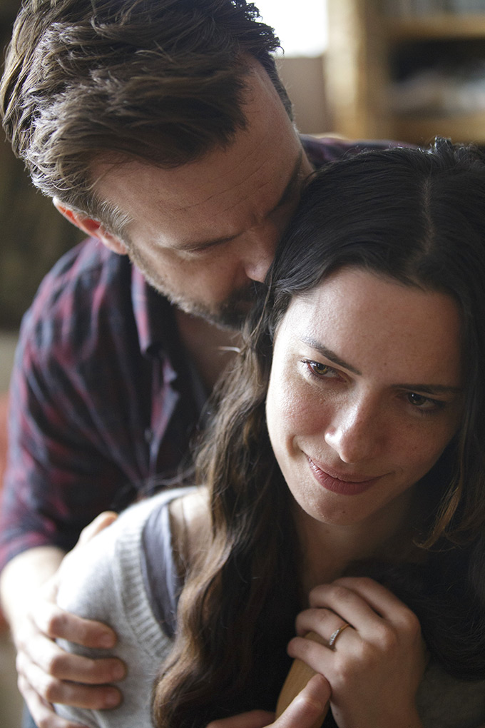 Rebecca Hall and Jason Sudeikis in Tumbledown (2015)