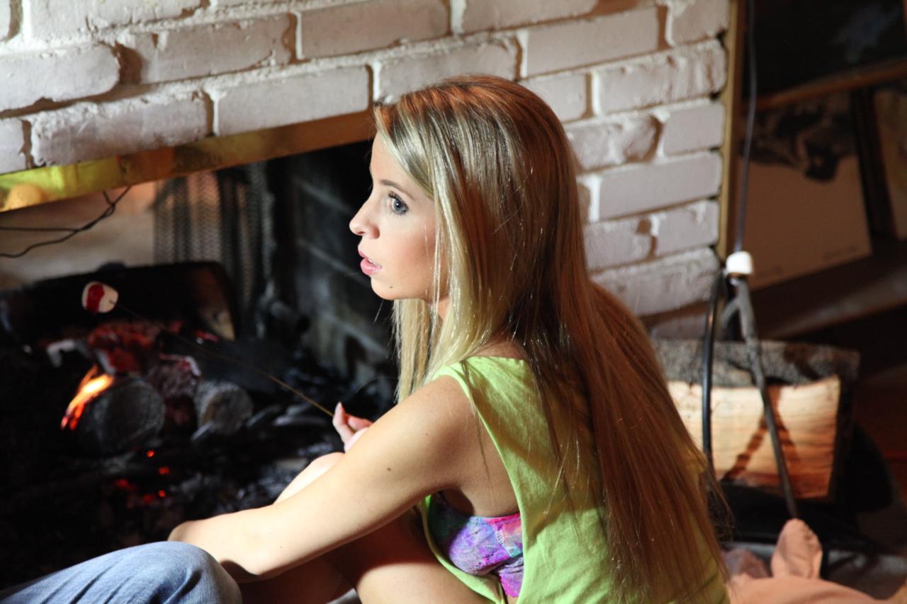 Savannah Matlow Nude Photos 1