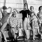 Stéphane Audran, Claude Chabrol, Clotilde Joano, Bernadette Lafont, and Lucile Saint-Simon in Les bonnes femmes (1960)