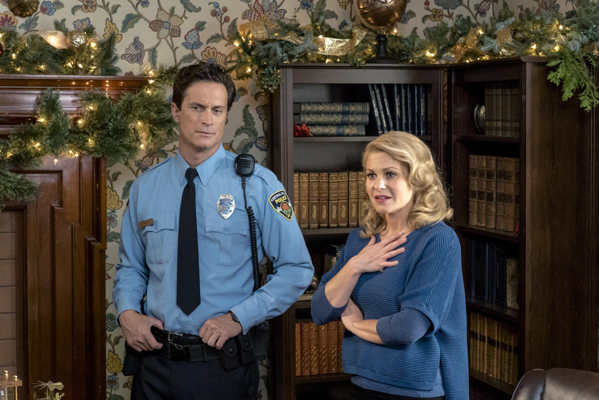 Journey Back to Christmas (TV Movie 2016) - Photo Gallery - IMDb