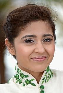 Shweta Tripathi Picture