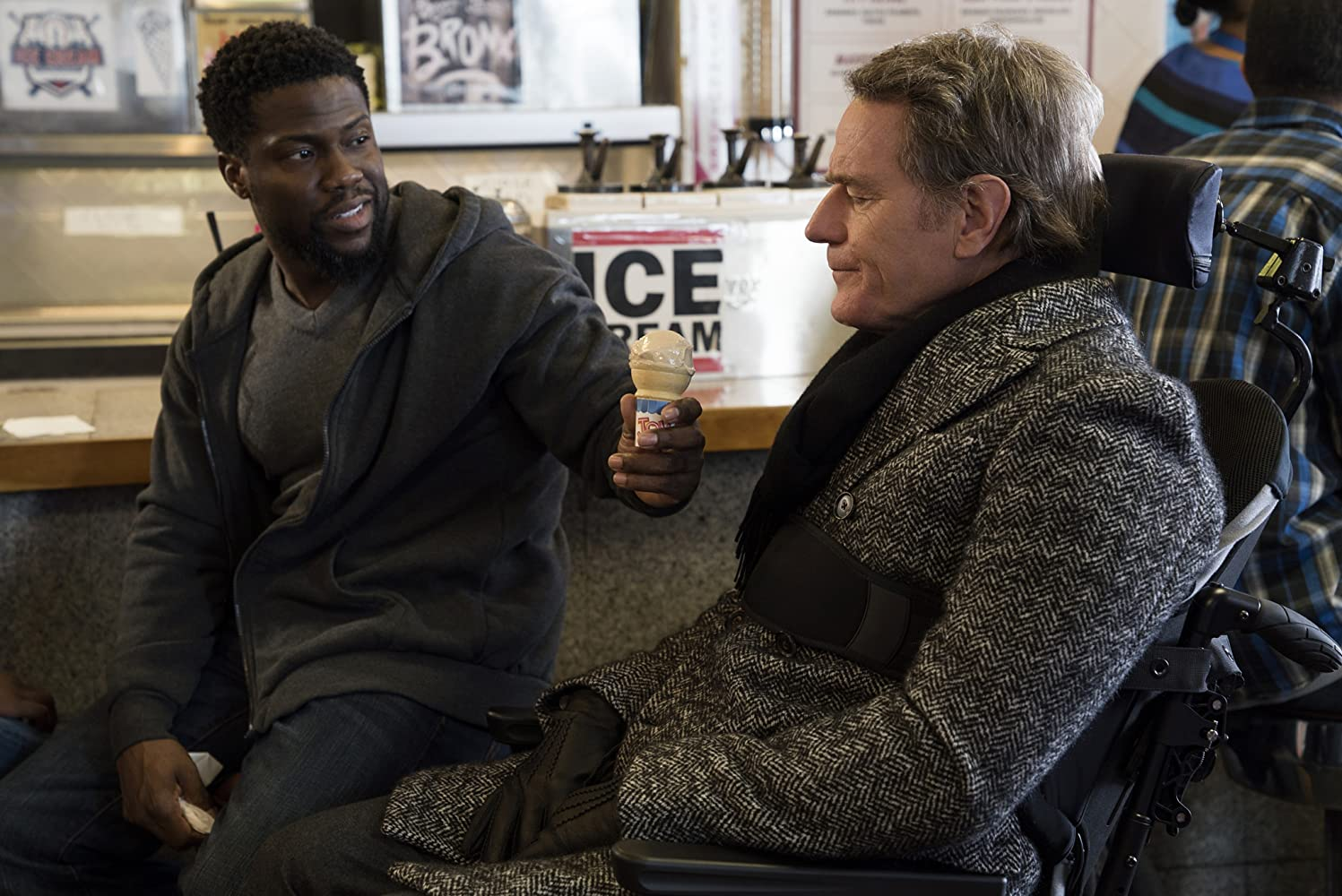 Bryan Cranston and Kevin Hart in The Upside (2017)