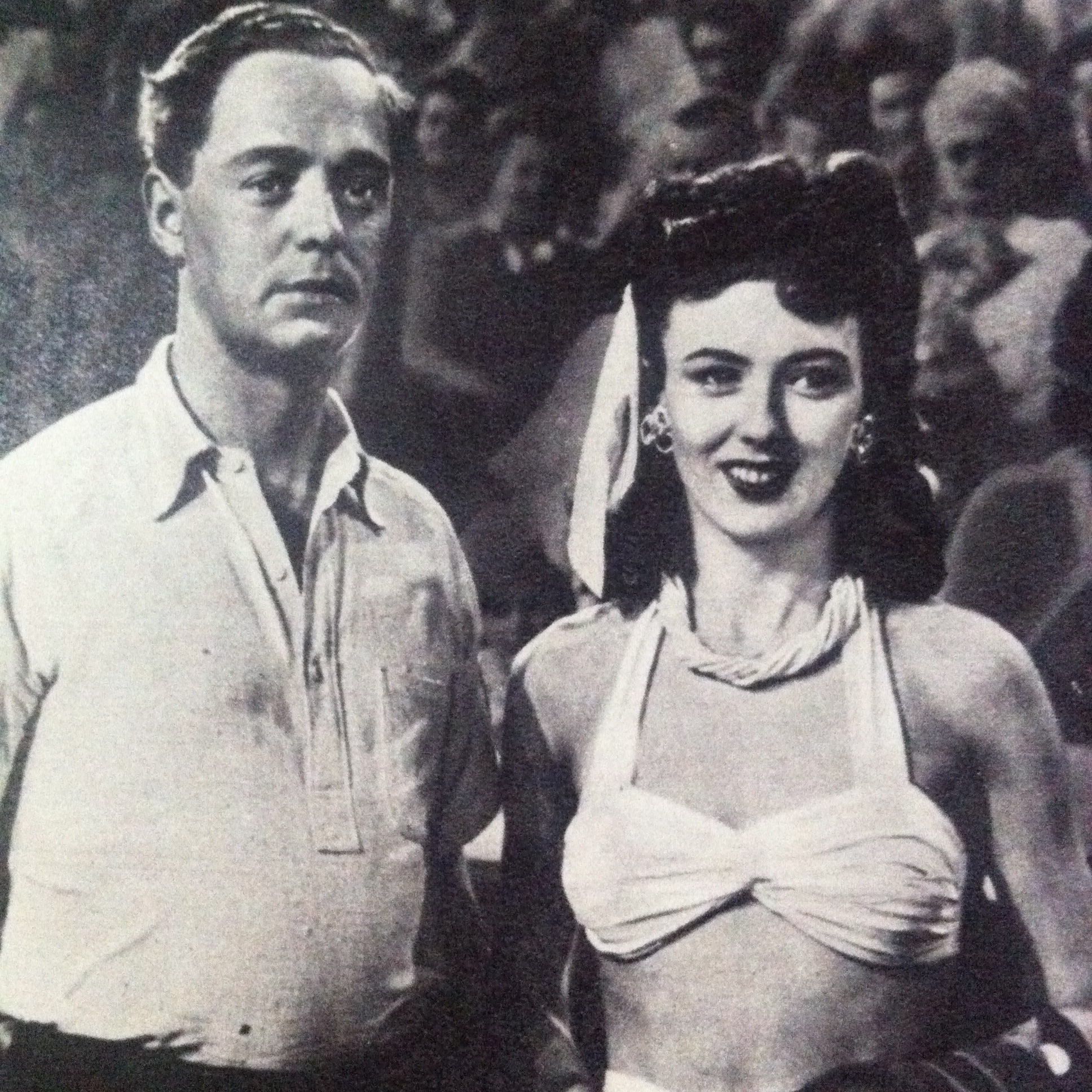 Jimmy Hanley and Yvonne Owen in Holiday Camp (1947)