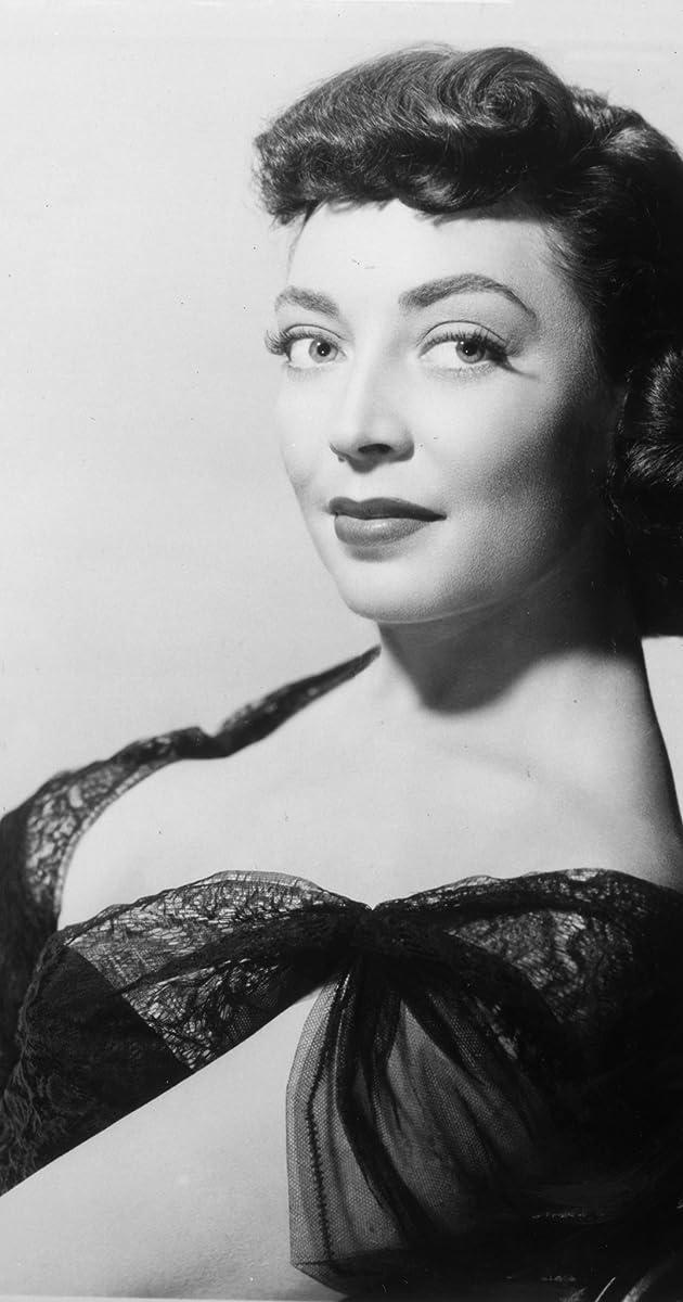 Marie Windsor - Biography - IMDb