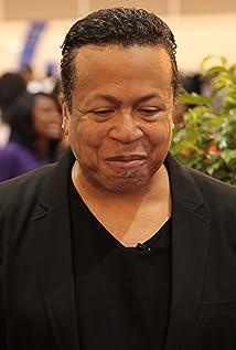 Pierre Bagley Picture