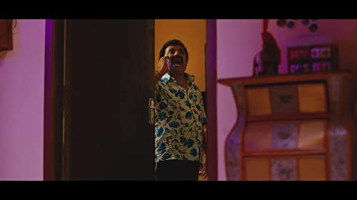 Hello Naan Pei Pesuren (2016) Trailer