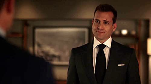 Suits: Harvey And Mike Walk Down Memory Lane