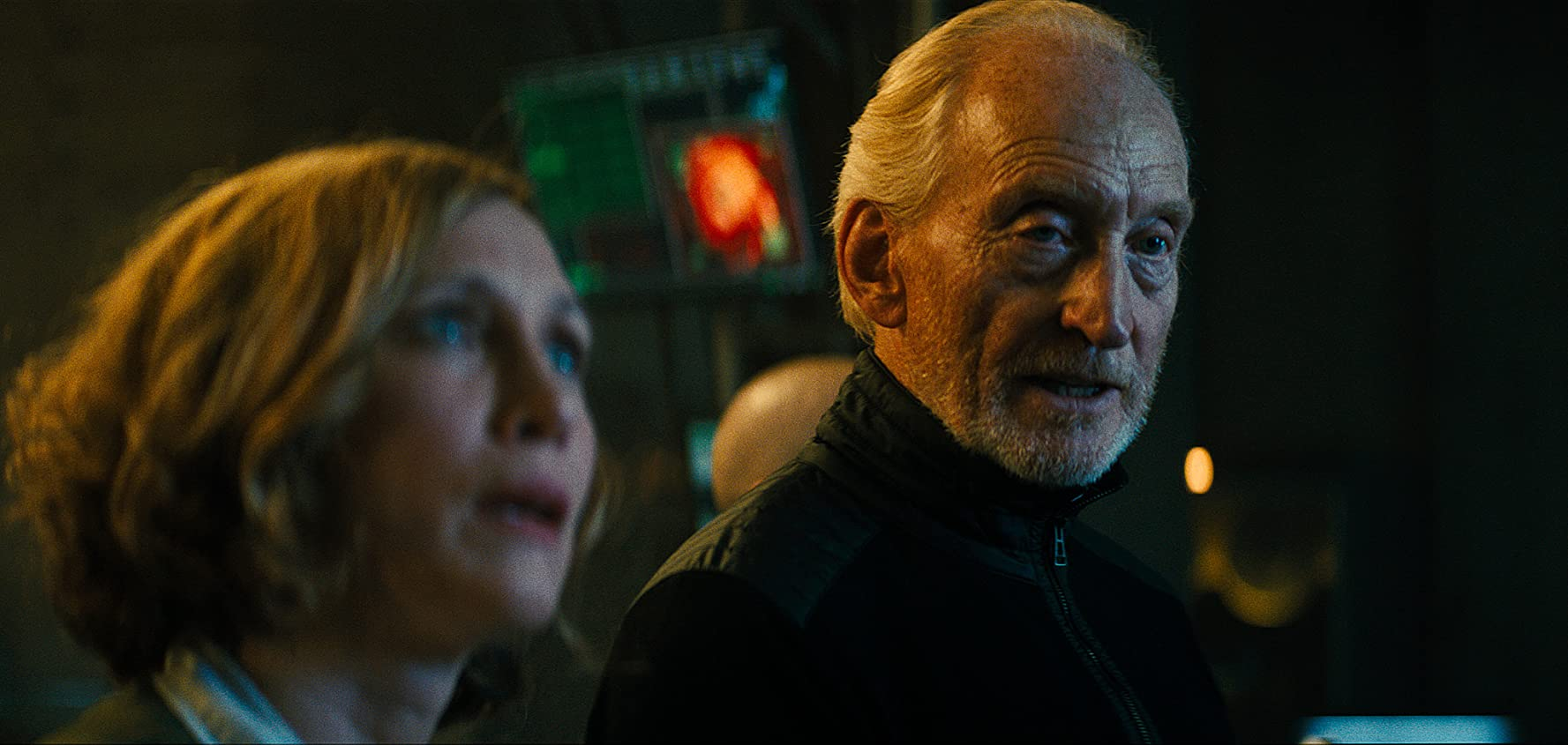 Charles Dance and Vera Farmiga in Godzilla: King of the Monsters (2019)