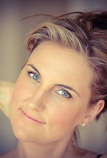 Jennifer Appel Picture