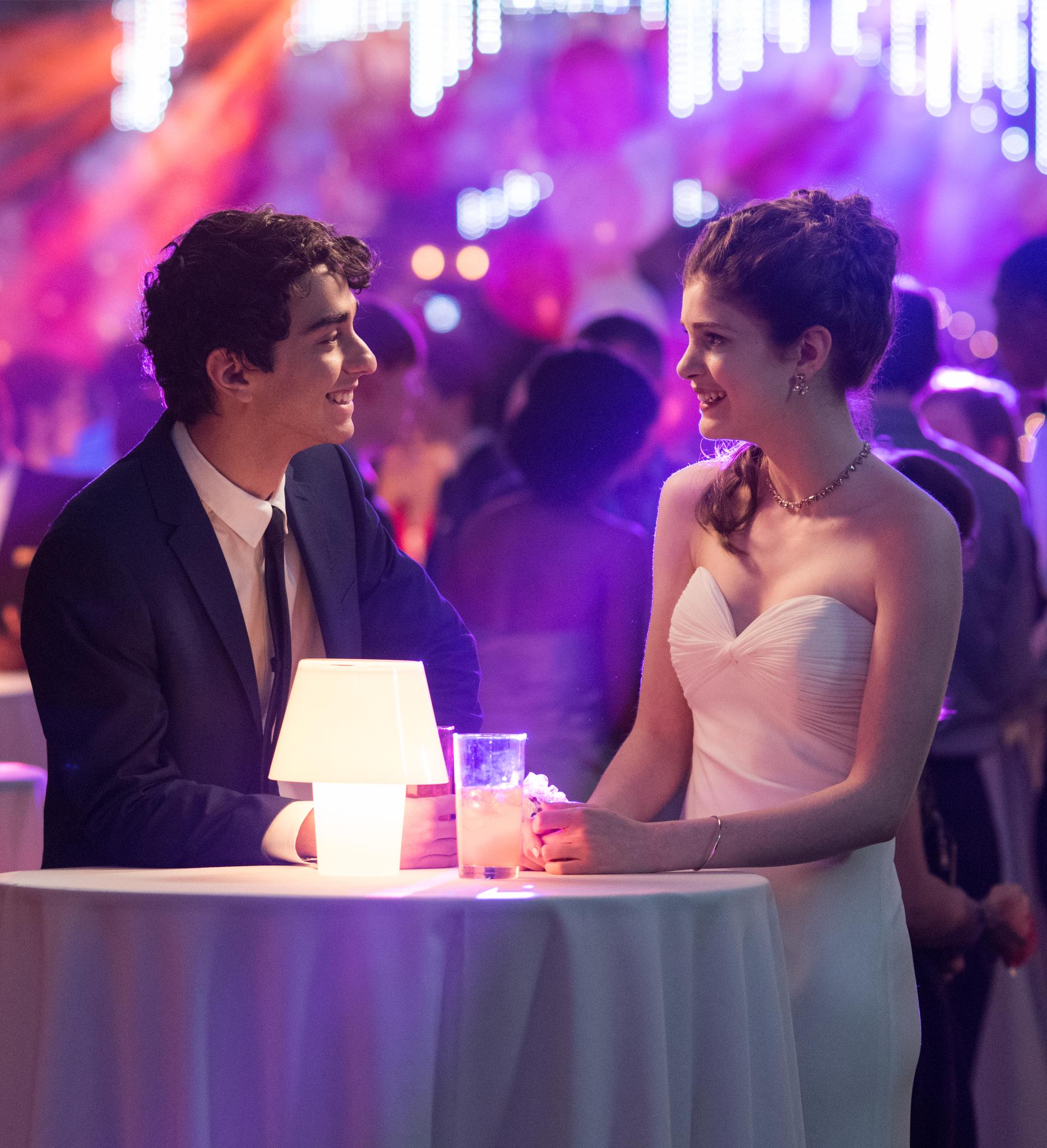 Alex Wolff and Elena Kampouris in My Big Fat Greek Wedding 2 (2016)