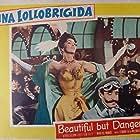 Gina Lollobrigida in La donna più bella del mondo (Lina Cavalieri) (1955)
