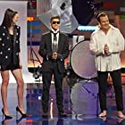 Will Arnett, Jamie Berard, and Amy Corbett in Hats Incredible! (2021)