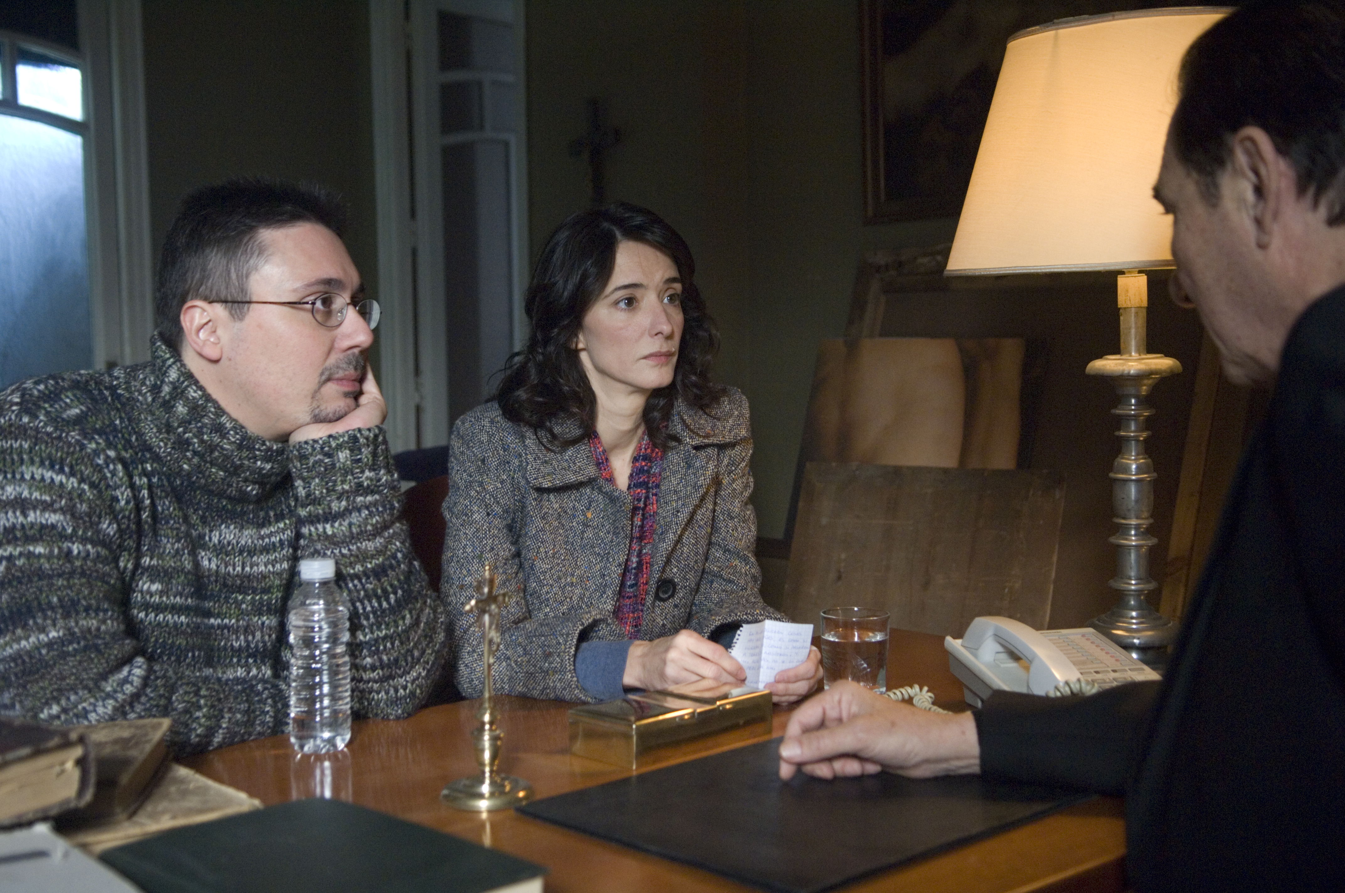 Elio Quiroga, Héctor Colomé, and Ana Torrent in No-Do (2009)