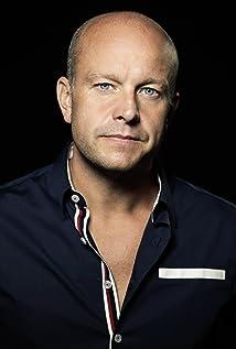 Fredrik Hallgren Picture