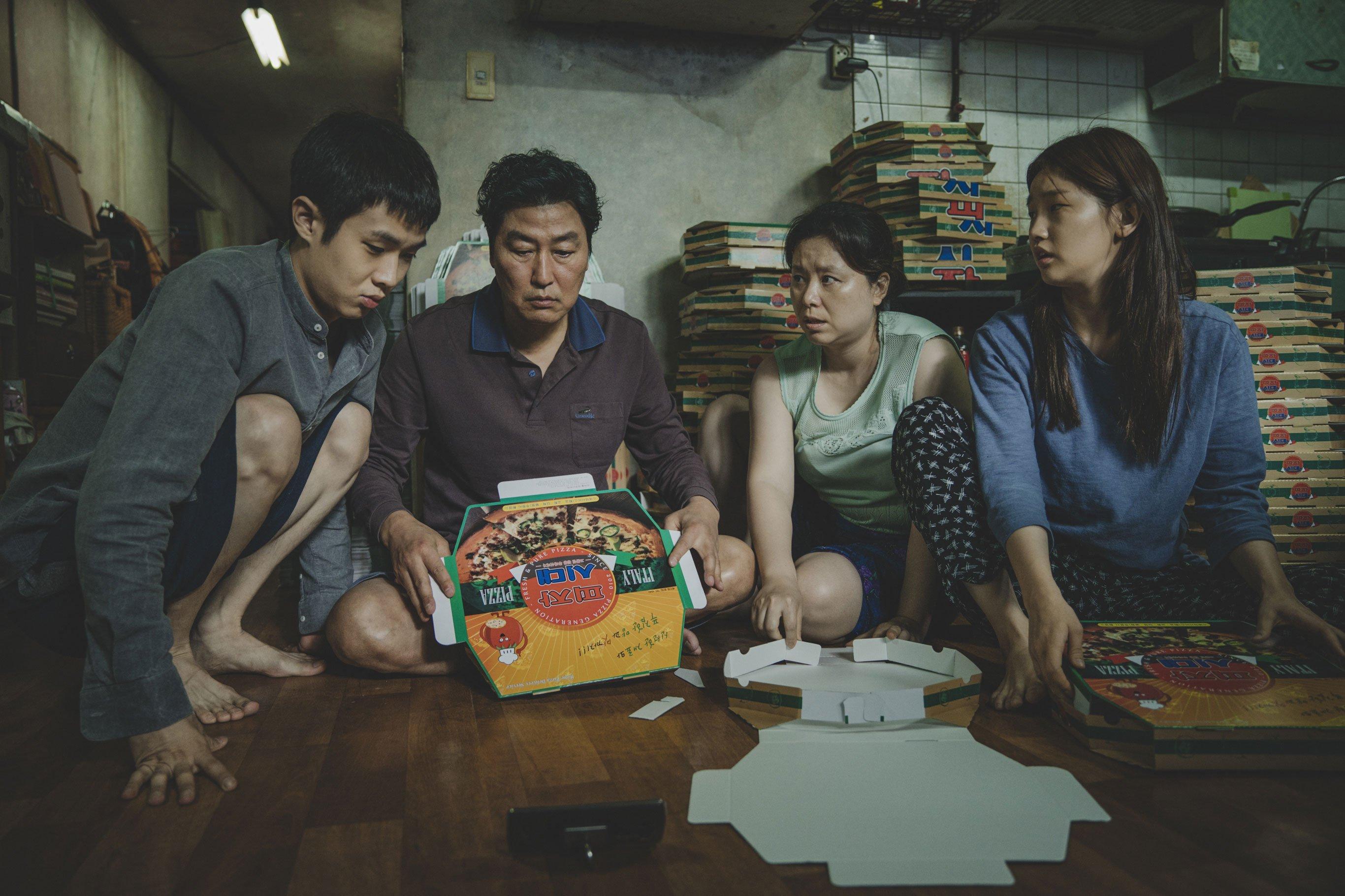 Kang-ho Song, Jang Hye-Jin, Choi Woo-sik, and Park So-dam in Gisaengchung (2019)