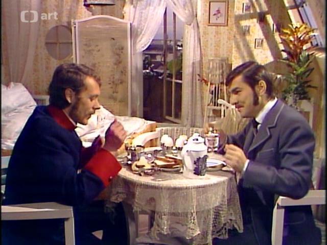 Jaroslav Drbohlav and Oldrich Vízner in Co je platno kárat, co je platno kázat (1977)