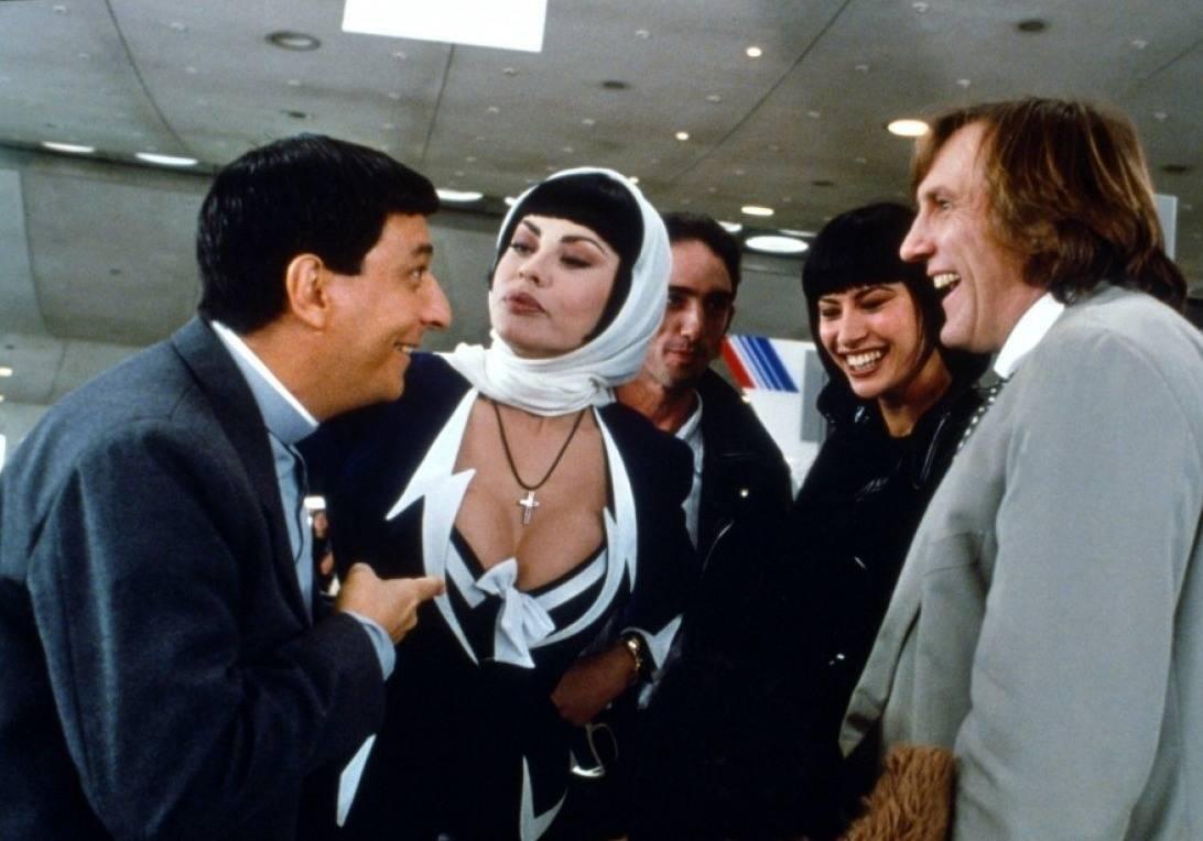 Gérard Depardieu, Christian Clavier, and Eva Grimaldi in Les anges gardiens (1995)