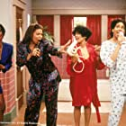 Queen Latifah, Erika Alexander, Kim Fields, and Kim Coles in Living Single (1993)