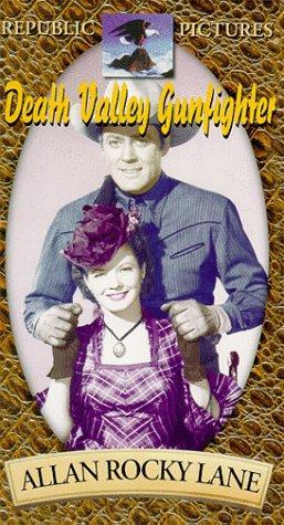 Gail Davis and Allan Lane in Death Valley Gunfighter (1949)