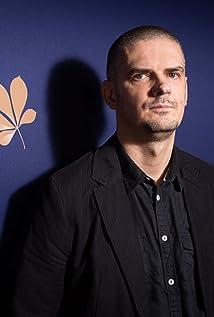 Adam Guzinski Picture