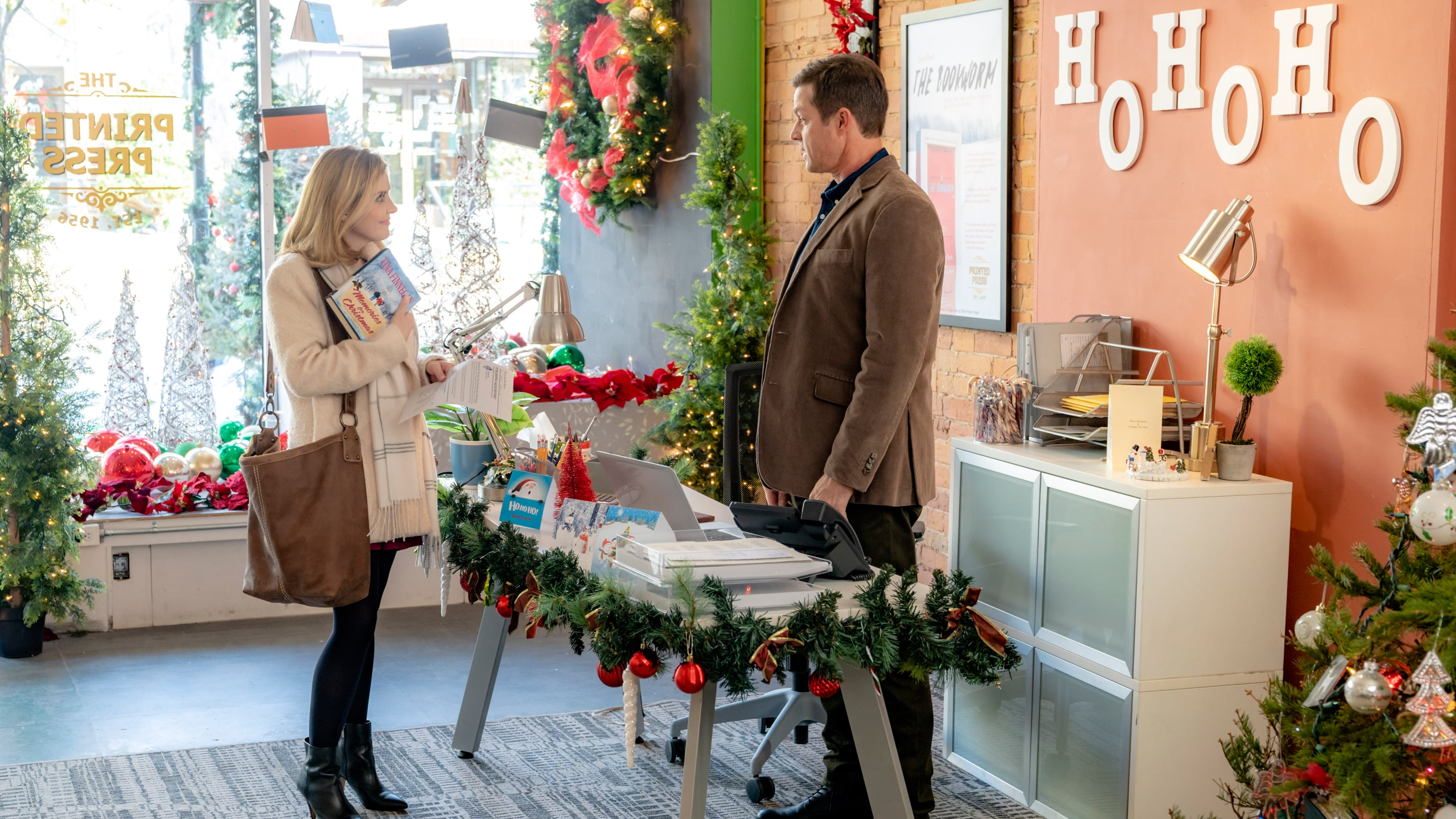 Eric Close and Jen Lilley in Angel Falls: A Novel Holiday (2019)