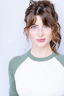 Natalie Pelletier Picture