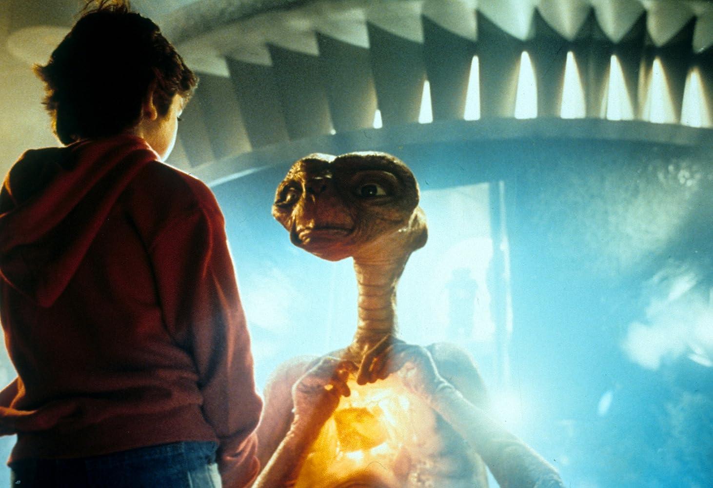 Cuplikan film ET