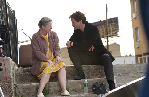 Robert Downey Jr. and Dianne Wiest in A Guide to Recognizing Your Saints (2006)