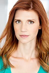 Primary photo for Julie McNiven