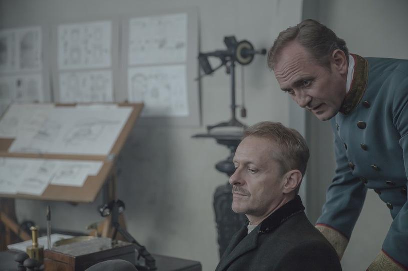 Andrzej Chyra and Jacek Poniedzialek in Eter (2018)